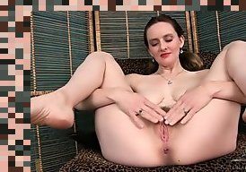 mature striptease hd